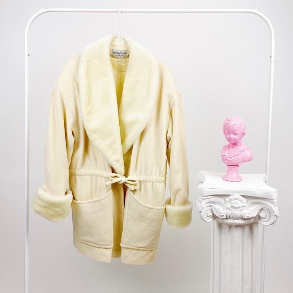 Vintage Ashley Scott Cream Wool Faux Fur Coat